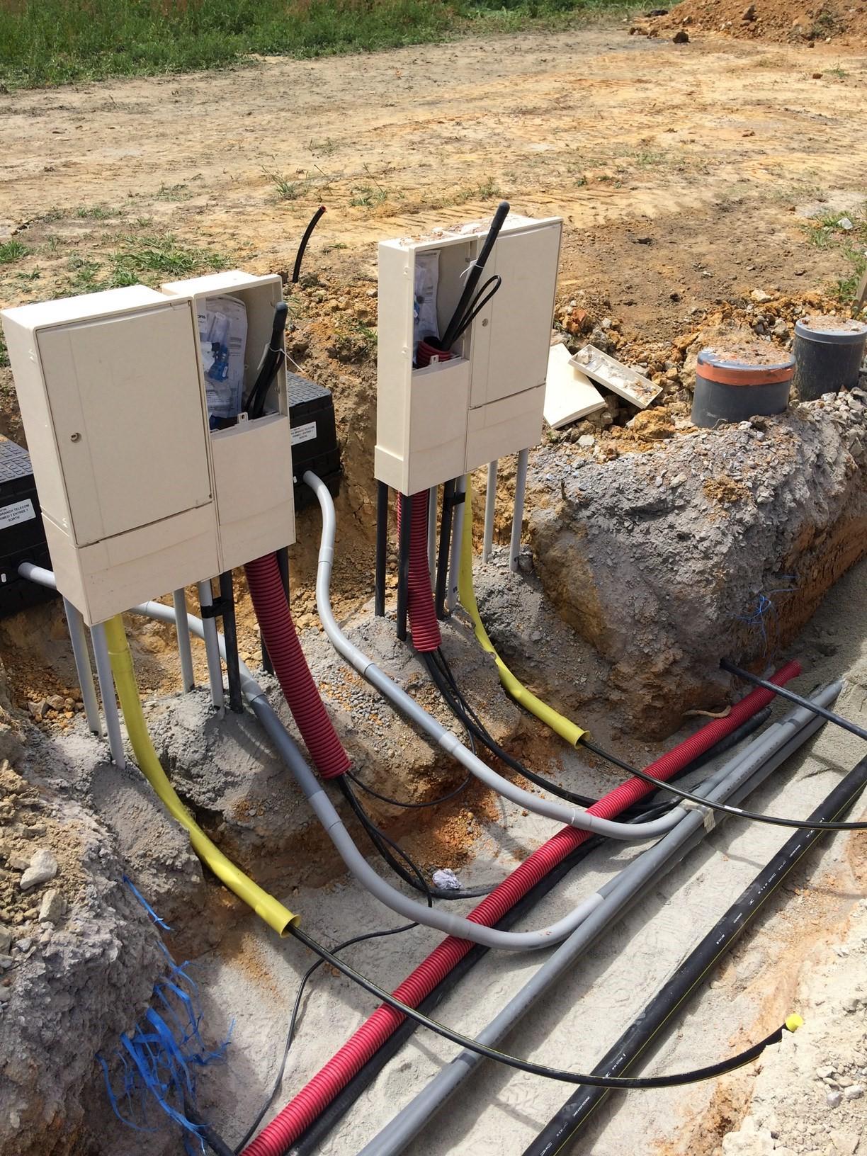 Branchement-éléctrique-et-gaz